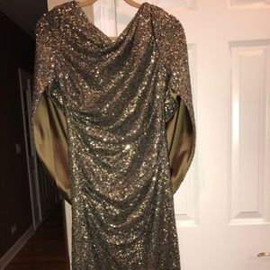 Nicole Miller brand New Gold Sequined Dress Size 8
